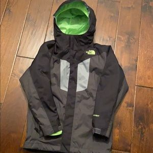 Boys North Face Jacket. 3 in 1 - size small